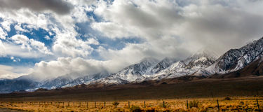 Sierra montagne orientale di Nevada Fotografia Stock Libera da Diritti