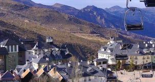 Sierra Nevada dnia światła Spain ośrodka narciarskiego grodzki narciarski dźwignięcie 4k zdjęcie wideo