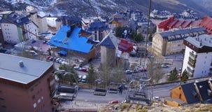 Sierra Nevada halnego kurortu narciarskiego dźwignięcia jazdy puszek zamknięty up 4k Spain zbiory