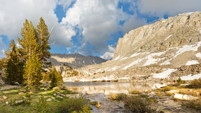 Sierra Nevada jeziora sceneria Fotografia Stock