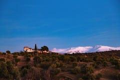Sierra Nevada Mountain in Spagna su fondo di cielo blu Fotografia Stock Libera da Diritti