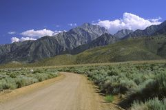 Sierra Nevada mountains seen from Owens Valley Royalty Free Stock Photos
