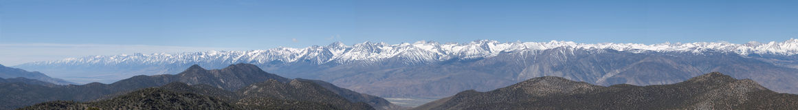 Sierra Panorama - South half. From the Sierra Vista viewpoint in the White Mountains, a clear spring day offers a 300 mile long view of the Sierra Nevada Stock Photo