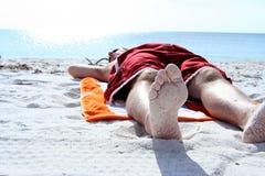 Siesta de la playa Foto de archivo libre de regalías