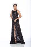 Sig.na Pageant Contest in vestito da palla lungo dell'abito di palla di sera con la D fotografia stock libera da diritti