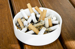 Sigaret in bak Royalty-vrije Stock Foto