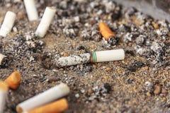 Sigaretasbakje royalty-vrije stock fotografie