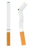 Sigaretta elettronica e reale Immagine Stock Libera da Diritti