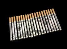 Sigaretten met Geld in Documenten Stock Afbeeldingen