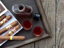 sigari e cognac di qualità Immagine Stock