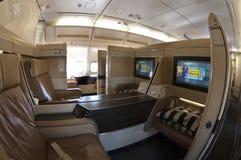 Sièges de première classe dans un Airbus Photographie stock