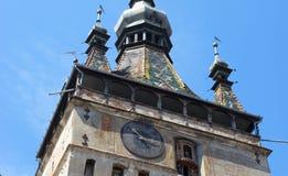 Sighisoara,罗马尼亚- 2015年8月03日:尖沙咀钟楼 图库摄影