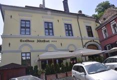 Sighisoara, Roemenië, 24 juni 2016: De historische bouw van de Middeleeuwse Stad Sighisoara in Roemenië Royalty-vrije Stock Foto's