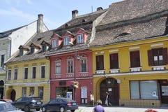 Sighisoara, Roemenië, 24 juni 2016: Historische Huizen van de Middeleeuwse Stad Sighisoara in Roemenië Royalty-vrije Stock Foto's