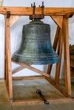 SIGHISOARA, TRANSYLVANIA/ROMANIA - 17-ОЕ СЕНТЯБРЯ: Старый колокол i стоковые фото