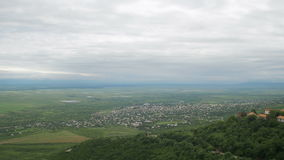 Sighnaghi, Geórgia Uma ideia de cima da paisagem da cidade vídeos de arquivo