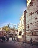 Sight Krakow Konstnärlig blick i livliga färger för tappning arkivfoto