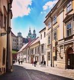 Sight Krakow Konstnärlig blick i livliga färger för tappning arkivbild