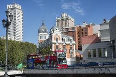 Sightbuss för dubbel däckare i Madrid Arkivfoto