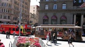 Sightbuss och kabelbil arkivfilmer