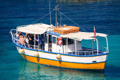Sightseeing boat at Comino island, Malta Royalty Free Stock Photos