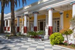 Sightseeing in Korfu/Griekenland: Kasteel van Keizerin Elisabeth II van stock foto