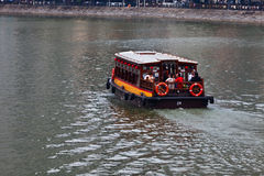 Sightseeing-Tour auf Singapur-Fluss Stockbilder