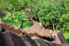 Sigiriya/étapes à Sigiriya/à photo montrant les étapes menant à Sigiriya& x27 ; dessus de s, Sri Lanka rentré, le 25 janvier 2018 images stock