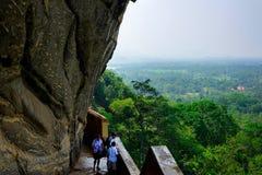 Sigiriya/etapas a Sigiriya/imagem que mostra as etapas que conduzem a Sigiriya& x27; parte superior de s, Sri Lanka recolhido, o  fotografia de stock