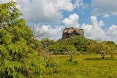 Sigiriya/leões balança a vista panorâmica imagens de stock royalty free