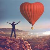 Sigle air balloon in blue sky Royalty Free Stock Photos