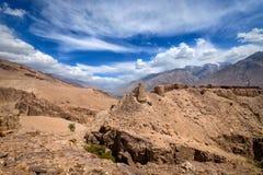 Siglo de la fortaleza XII de Yamchun En el valle de Wakhan en la frontera Foto de archivo libre de regalías