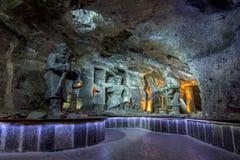 Siglo XIII subterráneo de la mina de sal de Wieliczka, una de las minas de la sal más vieja del ` s del mundo, cerca de Kraków, P fotos de archivo