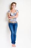 ξανθές βέβαιες νεολαίε&sigma Στοκ εικόνα με δικαίωμα ελεύθερης χρήσης