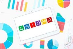 sigma 6 sur le PC de comprimé Image stock