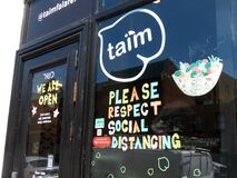 Free Sign At Taim Restaurant In Georgetown Royalty Free Stock Photo - 190390305