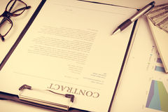 Sign contract document.money Royalty Free Stock Photos