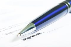 Sign del contratto. fotografia stock libera da diritti