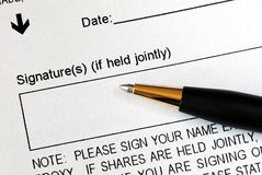 Sign a legal document Royalty Free Stock Photos