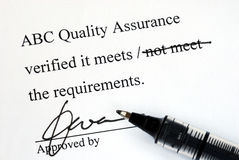 Sign off the quality control document Royalty Free Stock Photos