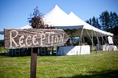Sign points the way to the wedding tent Stock Photos