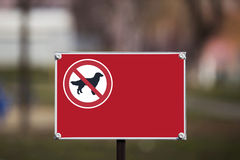 The sign prohibiting walking dogs Royalty Free Stock Photos