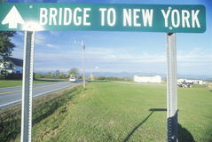 A sign that reads �Bridge to New York� Royalty Free Stock Image