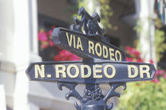 A sign that reads �Via Rodeo/N. Rodeo Dr� Royalty Free Stock Photos