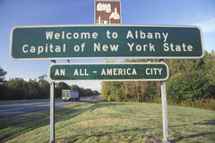 A sign that reads �Welcome to Albany� Royalty Free Stock Photography