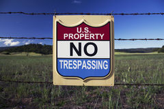 Sign states US Property, NO TRESPASSING, Ojai, California, USA Royalty Free Stock Photography