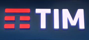 Signage av den italienska telefonbolaget ?Tim - Telecom Italia ?, royaltyfria bilder