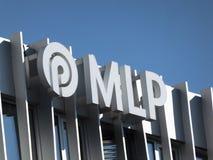 Signage av det tyska företaget MLP fotografering för bildbyråer