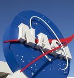 Signage de logo de la NASA au Centre Spatial Kennedy Photos libres de droits