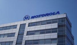 Signage de Motorola sur l'extérieur de construction Photo libre de droits